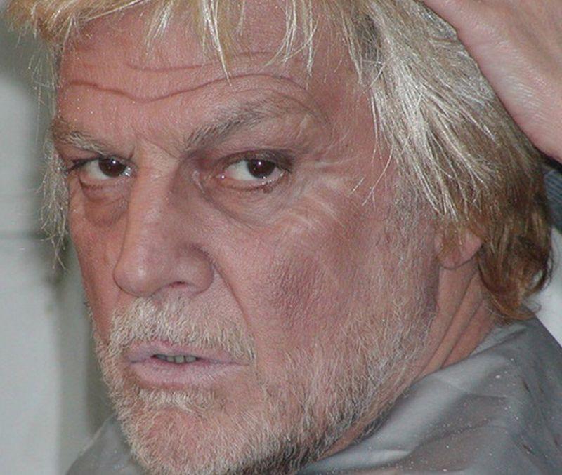 Asociaţia care reprezintă interesele unor artişti precum Florin Piersic sau Inna, acuzată că a dedus TVA pentru rochii de noapte, pampers sau sticle de horincă