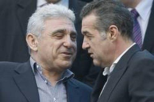 """""""Mafiotul, afaceristul, milionarul"""" Becali a ieşit din puşcărie ruinat"""