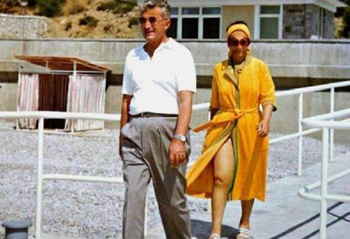 Detalii picante din viaţa Elenei şi a lui Nicolae Ceauşescu