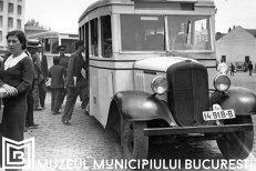 Începuturile automobilismului şi secvenţe ale transportului public, într-o expoziţie la Palatul Şuţu