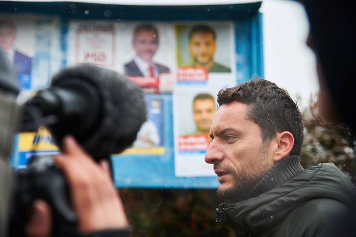 """Cum e să fii candidat în judeţul lui Dragnea? Marinescu(USR): """"Nu mă aşteptam ca oamenilor să le fie frică"""""""