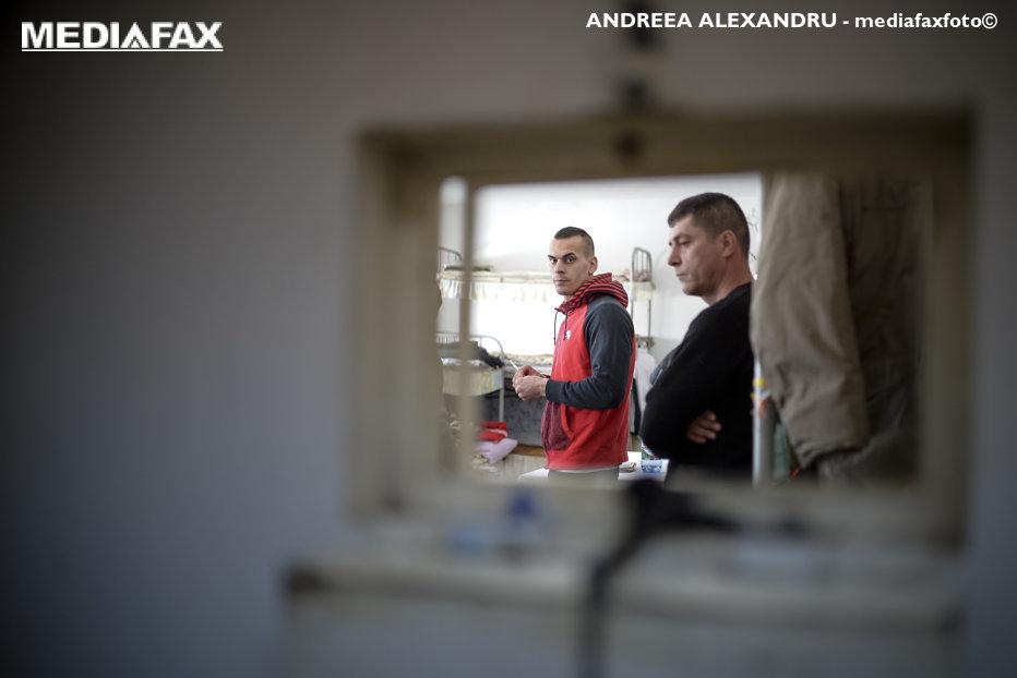 """Compania din România care, din lipsă de personal, a ajuns să lucreze cu deţinuţi. """"Închisoarea nu ne acordă câţi deţinuţi ne-am dori"""""""