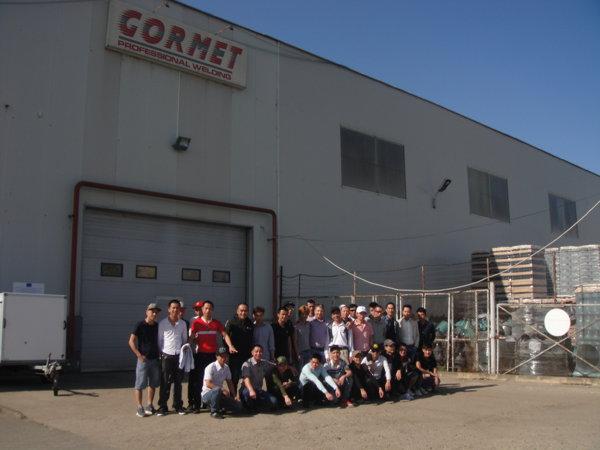 Muncitori vietnamezi la firma Gormet din Cluj Napoca