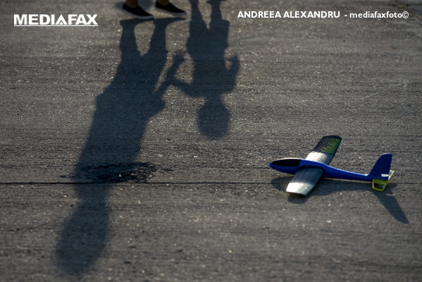 Joc de copii avion zbor