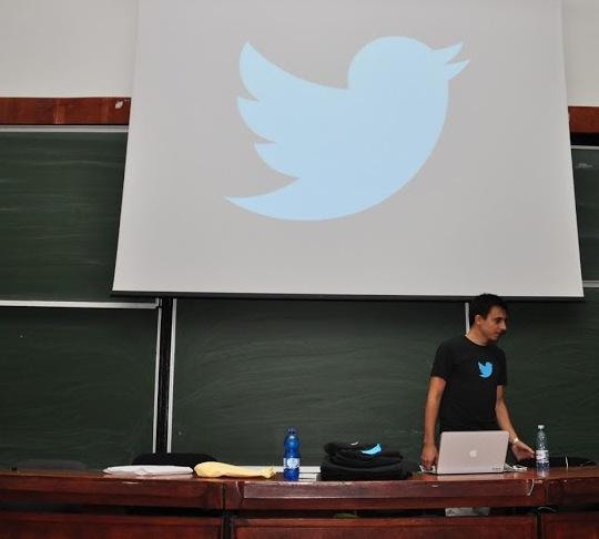 Cristian Strat le-a explicat studenților ce înseamnă să lucrezi la Twitter