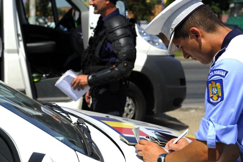 Plecari Pitesti Bucuresti Maxi Taxi