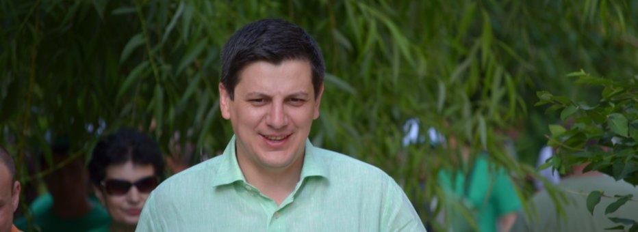 Deputatul PDL Alin Trăşculescu, REŢINUT pentru 24 de ore. DNA îl acuză de trafic de influenţă şi instigare la fals în acte şi spălare de bani. UPDATE