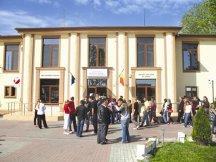 Conturile Universităţii Valahia din Târgovişte ar putea fi blocate prin executare silită