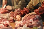 AFP: Lasagna cu carne de cal, un scandal european care se întinde de la Londra la Bucureşti