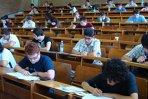 """Simulare a examenului de admitere la UMF """"Carol Davila"""", pe 25 mai. Când se fac înscrierile"""