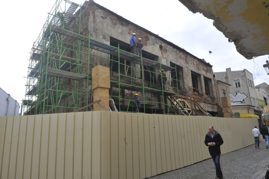 Lucrările la Hanul Gabroveni vor fi finalizate în luna decembrie. Cum va arăta în final o costrucţie-emblemă a Bucureştilor - GALERIE FOTO