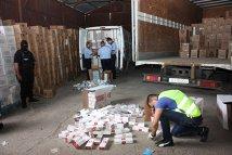 Peste 60 de milioane de ţigarete degradate, descoperite în Portul Constanţa