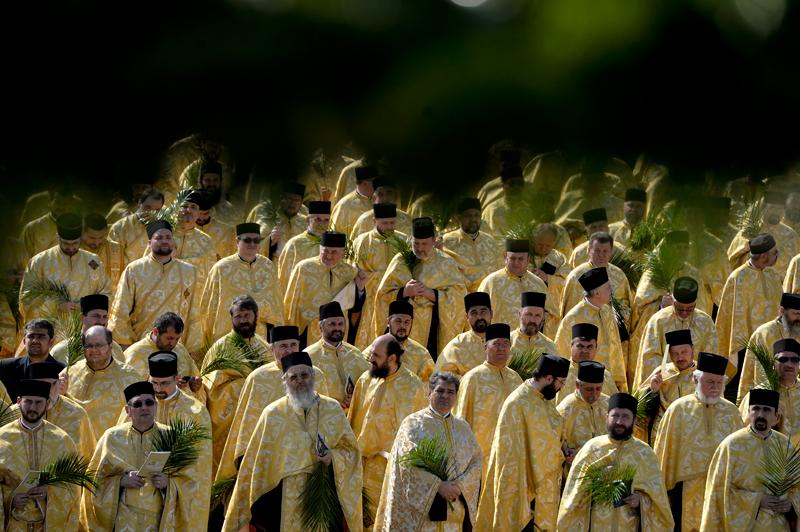 Protocol de colaborare între Ministerul Agriculturii şi Patriarhia Română. Ce vor face preoţii