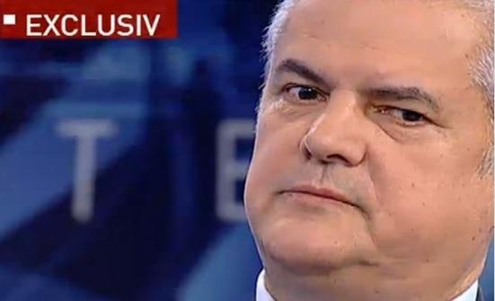Adrian Năstase, dat afară de la Universitatea Bucureşti pentru că a fost condamnat definitiv pentru corupţie