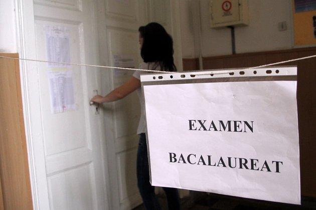 REZULTATE BAC 2013. Ministerul Educaţiei: Corectarea lucrărilor de bacalaureat se desfăşoară în condiţii normale