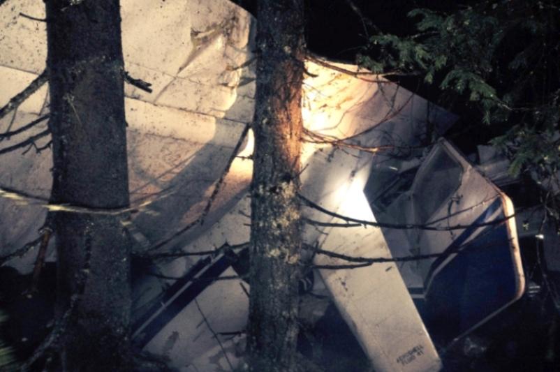 Cine i-a omorât pe pilotul Iovan şi pe studenta AURELIA ION. Filmul tragediei din Munţii Apuseni: la ora 16.16 se primeşte apelul la 112, la ora 21.00 un pădurar ajunge la victime, înaintea autorităţilor
