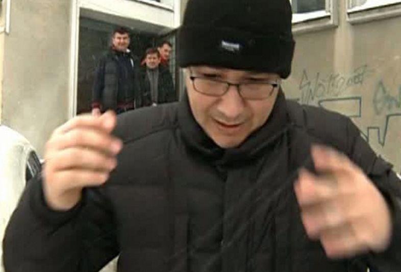 Victor Ponta, la baschet în timp ce la Guvern se anunţa codul roşu.
