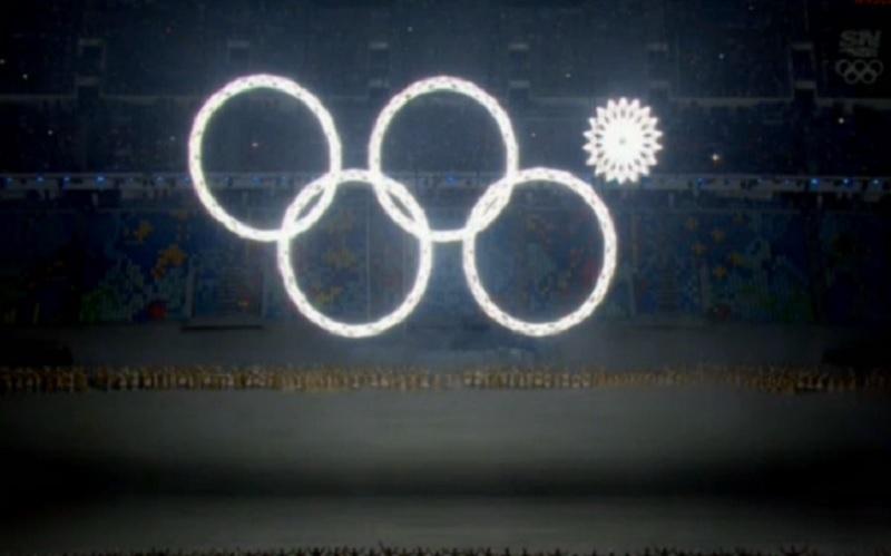 JOCURILE OLIMPICE DE IARNĂ. Rusia a dat startul competiţiei. O mică problemă în timpul ceremoniei de deschidere. GALERIE FOTO