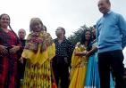 Băsescu: O mare parte dintre romii care s-au integrat nu îşi mai recunosc etnia