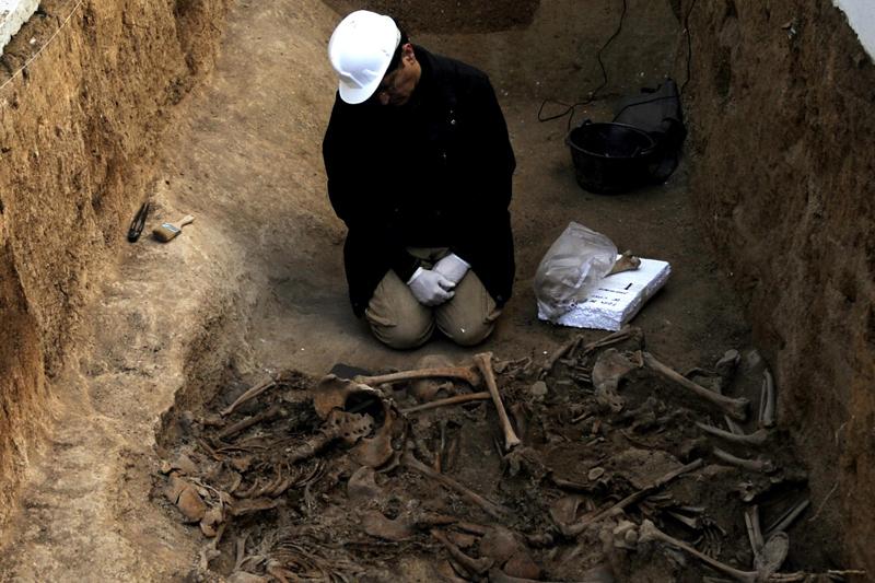 Cazul celor 36 de evrei ucişi de soldaţii români în 1941 a fost finalizat. Cine este responsabil de execuţii