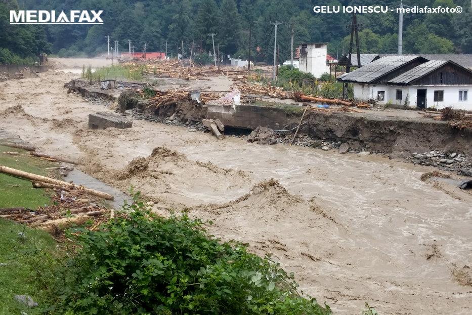 Image result for inundatii imagini