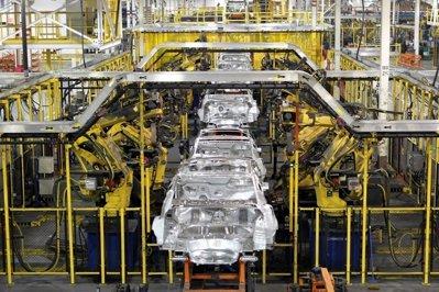 Ford opreşte pentru 9 zile producţia la fabrica din Craiova, în luna septembrie
