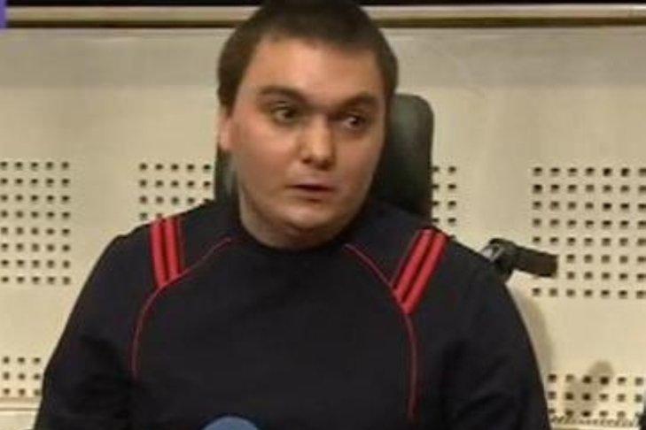 Copilotul Răzvan Petrescu, rănit în accidentul aviatic din Apuseni, este operat din nou la Cluj
