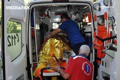 A ajuns la spital în stare gravă după ce a sărit cu paraşuta. Are 1000 de sărituri la activ