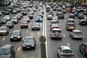 O nou schimbare a legslaţiei rutiere. Ce OBLIGAŢII vor avea şoferii şi de când se aplică
