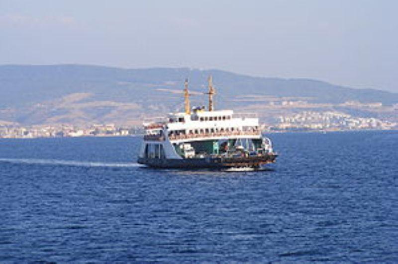 O linie de feribot care va lega Constanta de porturi din Georgia si Ucraina va fi inaugurata joi