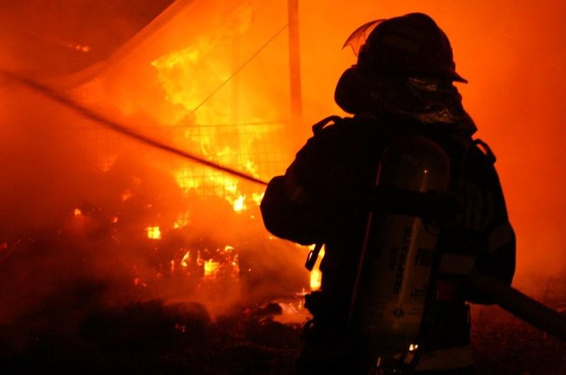 Incendiu de proportii la o manastire din Prahova