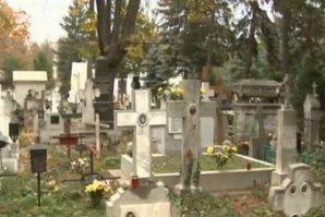 Românii ale căror rude mor în Italia şi Spania şi care nu au bani să îi repatrieze. ''Mi-aş dori din tot sufletul să îi aducem acasă''