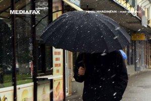 VREMEA. Prima ninsoare din acest sezon rece în Bucureşti