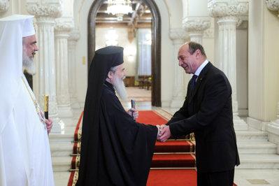 Preşedintele Băsescu s-a întâlnit la Palatul Cotroceni cu PF Teofil al III-lea şi PF Daniel