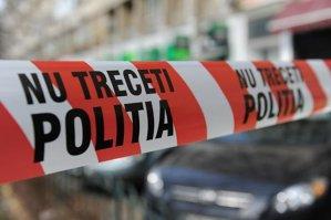În scara unui bloc din Constanţa s-a petrecut o tragedie. Urmele se găseau pe trei etaje, dar descoperirea terifiantă a fost făcută într-un apartament