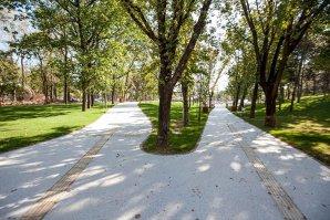 Fiţuici cu Iohannis care anunţă redeschiderea Parcului Moghioroş, distribuite în Sectorul 6. Reacţia ACL