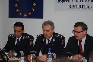 Şeful IPJ Bistriţa-Năsăud, al Poliţiei Rutiere şi al Poliţiei Năsăud, arestaţi preventiv