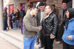 O firmă face angajări într-o comună din Botoşani, oamenii nu vor să muncească. Apelul disperat al primarului pe Facebook: Nu mai trăiţi din ajutoare sociale