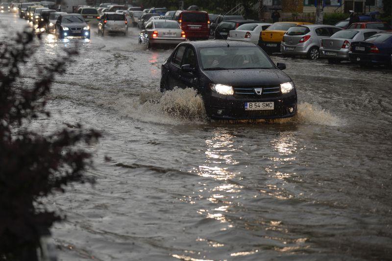 Bilantul inundatiilor din Teleorman: 43 de localitati sunt afectate, iar 41 de persoane au fost evacuate