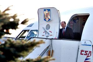 ULTIMA ORĂ! Avionul în care se afla Traian Băsescu A ATERIZAT DE URGENŢĂ. Vom reveni cu amănunte