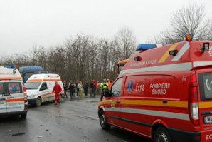 Accident grav pe DN 2. Trei persoane au murit şi alte patru au fost rănite