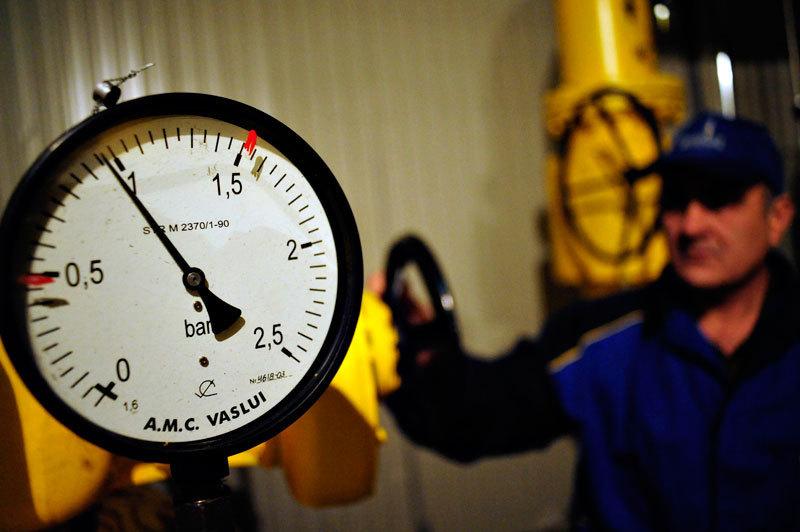 Locuitorii din Breaza au rămas fără gaze. Conducta Transgaz, afectată de alunecări de teren