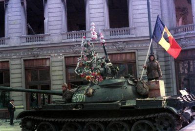 Sondaj INSCOP: Aproape 80% dintre români consideră că nu ştiu adevărul despre Revoluţia din 1989