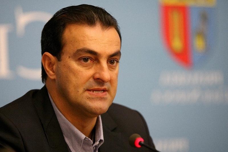 Fostul primar al Clujului si-a terminat prima sa carte �n penitenciar. Cu c�t i se va reduce pedeapsa dupa publicarea lucrarii