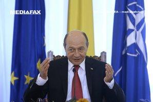 """Victor Ponta, în 2012. """"Decizia de numire a lui Maior la SRI NU i-a aparţinut lui Băsescu"""""""