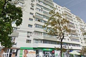 Pe uşile unor blocuri din Bucureşti a apărut un anunţ semnat Apa Nova. Compania a reacţionat imediat
