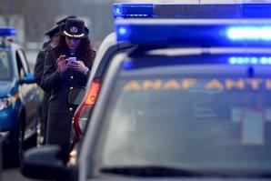 """Mare atenţie la aceşti """"inspectori ANAF""""! Ce a păţit o femeie din Hunedoara care strângea bani pentru un copil bolnav"""