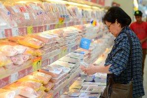 Primul lanţ de magazine care a redus TVA la o serie de alimente