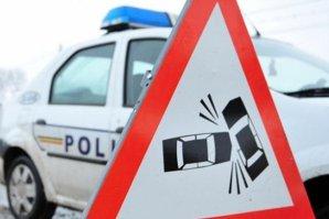 """După trei accidente pe DN7 provocate de o substanţă """"de provenienţă necunoscută"""", poliţiştii le-au făcut şoferilor o recomandare simplă"""