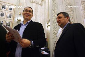 Atanasiu: Dragnea, condamnat fiindcă a pus morţii să voteze. Ponta să plece că nu îi lasă pe cei vii